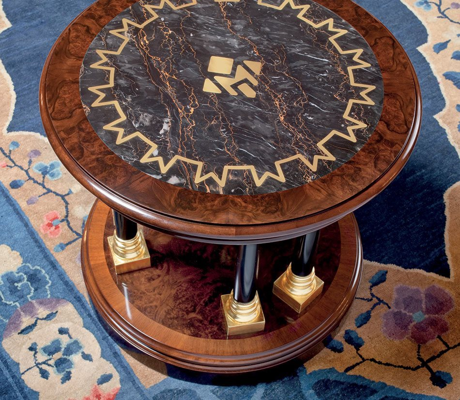 Mascheroni_Dorotheum_small_table_main_1