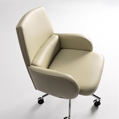 Mascheroni_Leasther_office_armchair_Studio_zoom_4