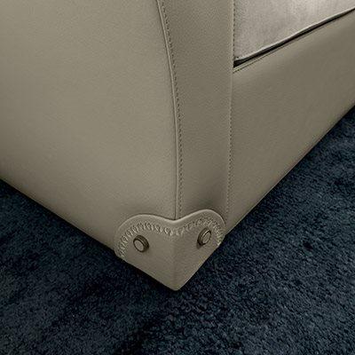 Mascheroni_Maximum_sofas_and_armchairs_zoom