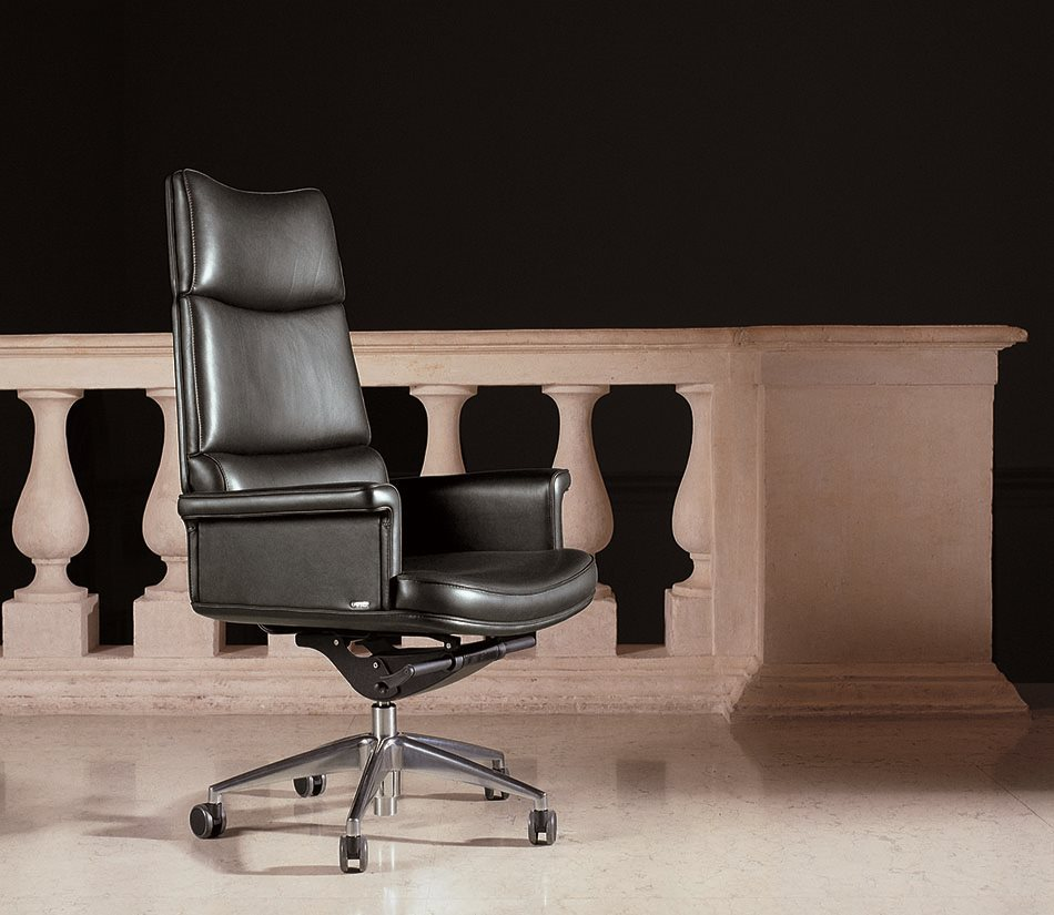 Mascheroni_Office _Armchairs_Tripla_A_main