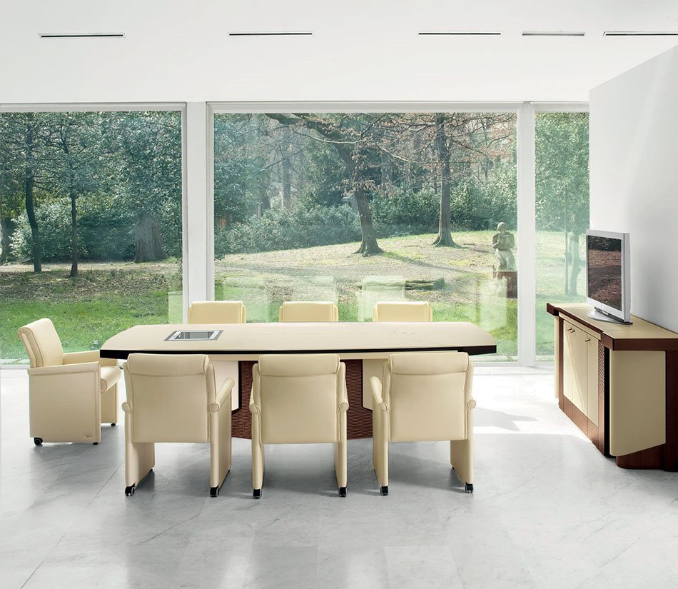Mascheroni_Planet-conference-table