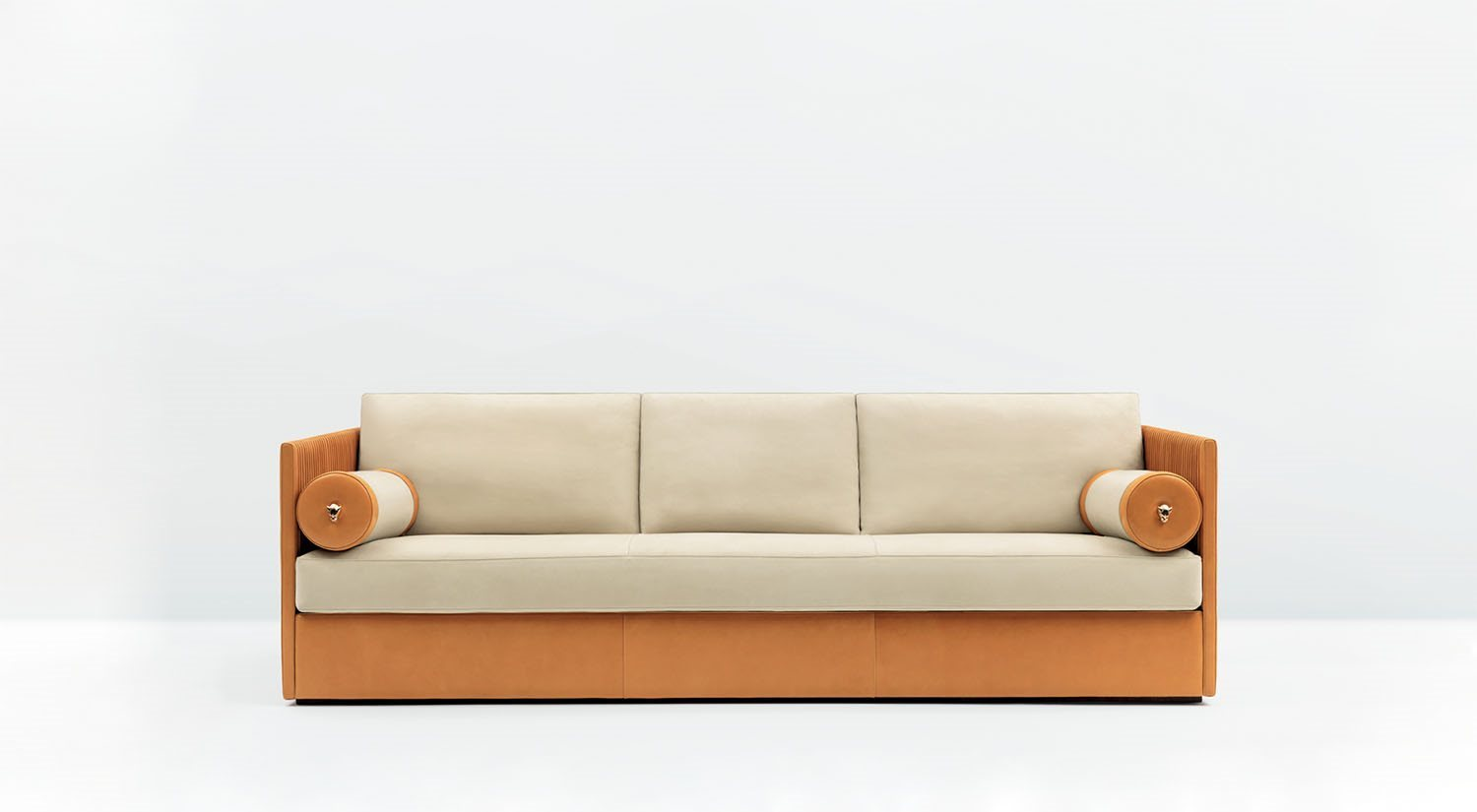 Mascheroni_sofa_and_armchair_Meryl_main